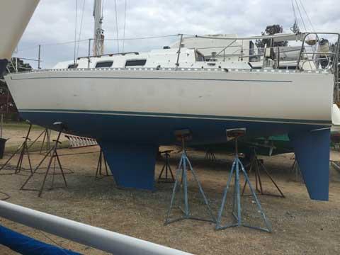 J28, 1986 sailboat