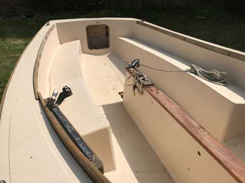 Point Jude 16, 1985 sailboat