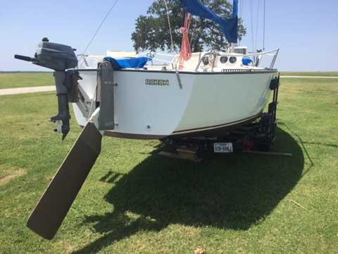 S2 6.7 22', 1981 sailboat