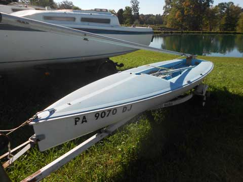 Sidewinder 15, late 70s sailboat