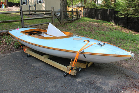 Sneakbox, 15', 1955 sailboat