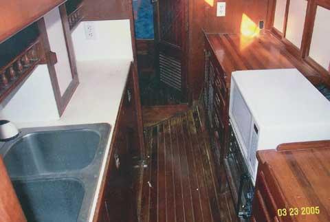 Vagabond 42 cutter, 1980 sailboat