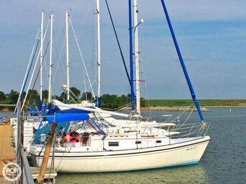 Watkins 27, 1983 sailboat