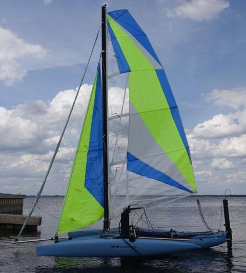 Windrider Rave, 2000 sailboat