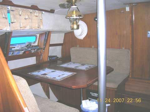 Albin 27 motor sailer