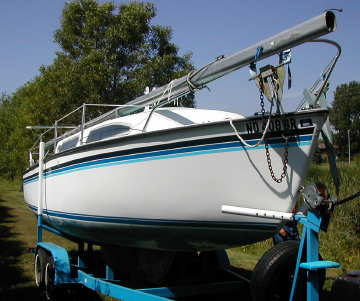 1975 American 25 sailboat, starboard