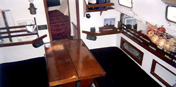 Annapolis Boatworks 30 sailboat, cabin