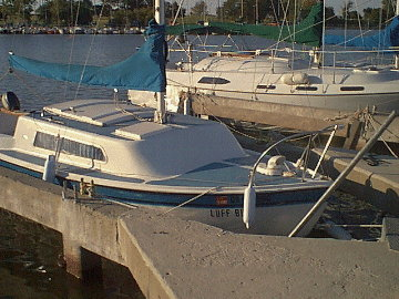 1972 Aquarius 21 sailboat