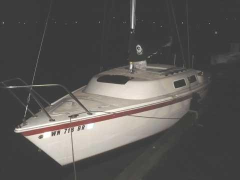 Balboa 22 sailboat