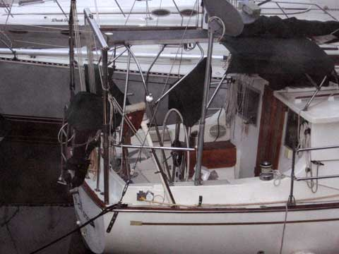 Bombay Clipper 31 sailboat