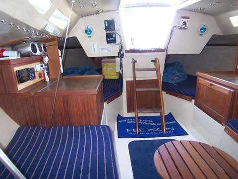 Capri 30 Yacht For Sale