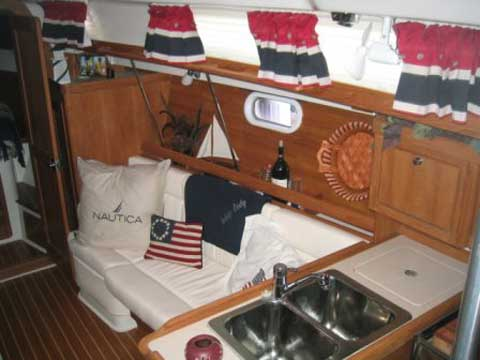 Catalina 350 Yacht For Sale