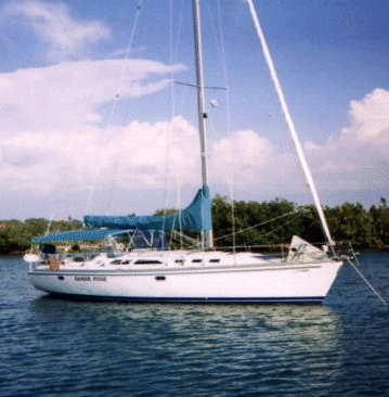 1999 Catalina 400 at anchor
