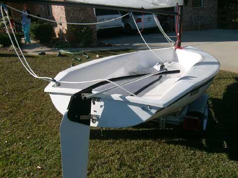 Holder 12 sailboat