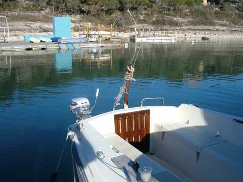 Hunter 22 sailboat