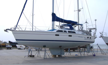 Hunter 42 Yacht For Sale