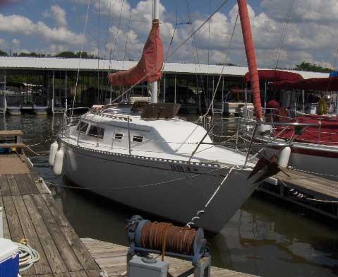 Islander Bahama 30