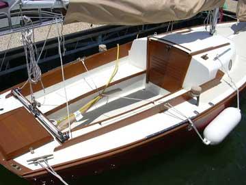 Cape Dory Typhoon >> Cape Dory Typhoon sailboat for sale
