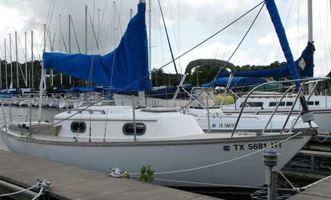 Cape Dory 22D sailboat for sale