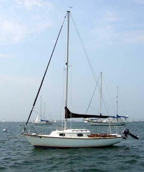 Cape Dory 22
