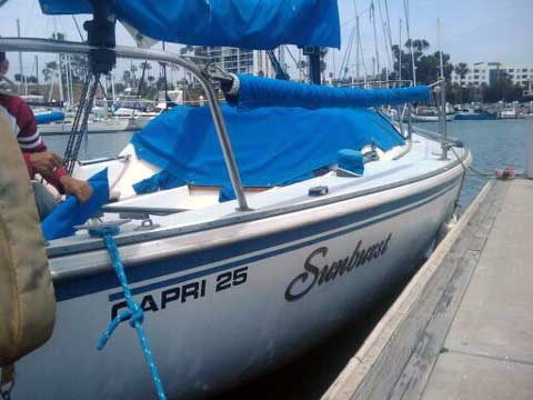 Capri 25 sailboat