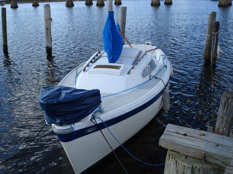Columbia 22 Sailboat For Sale