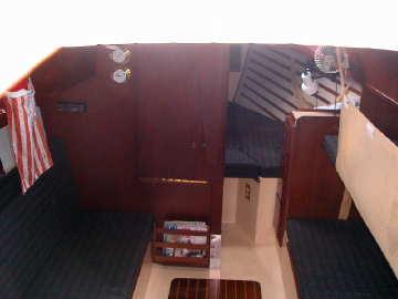 1986 Compac 27 cabin