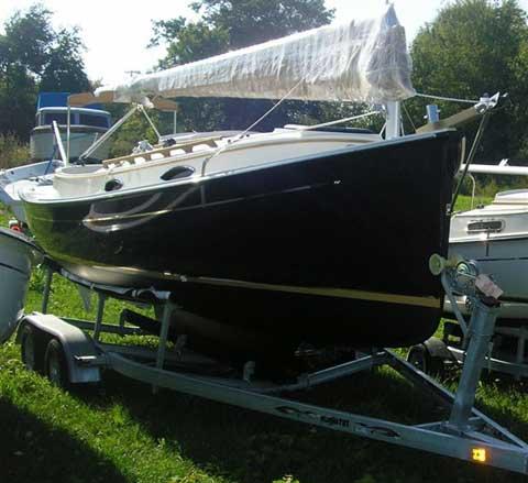 ComPac Horizon Cat sailboat
