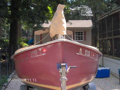 ComPac Picnic Cat sailboat