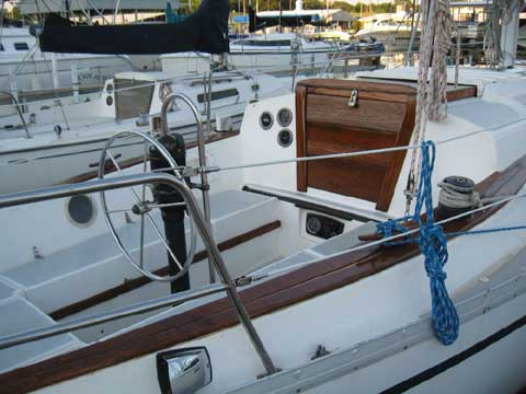Endeavor 32 sailboat