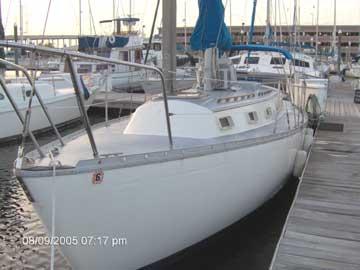 1976 Endeavour 32 sailboat