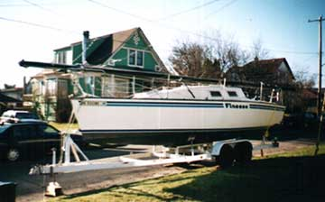 1981 Evelyn 26 sailboat