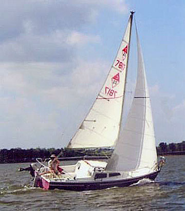 1977 Catalina 22 Sailboat For Sale