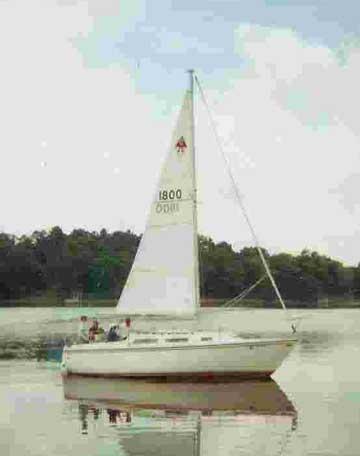 1980 Catalina 25 fin keel sailboat
