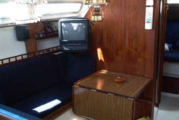 1975 Catalina 30 sailboat