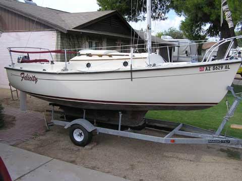 ComPac 19 sailboat