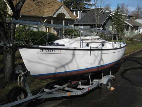 ComPac 19 III sailboat