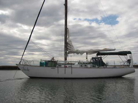 Hughes 38 sailboat VIDEO, click to start