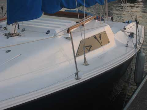 Hunter 23 sailboat