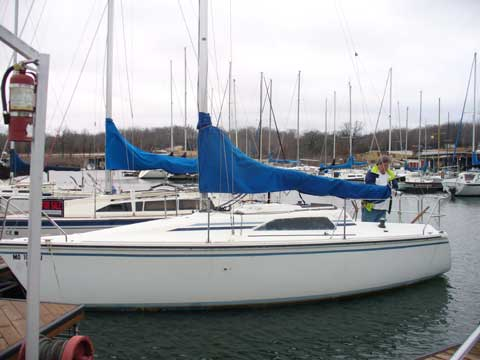 Hunter 265 sailboat