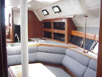 Hunter 35 Yacht For Sale