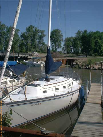 Hunter 37 Yacht For Sale