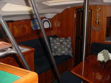 2002 Hunter 420 sailboat