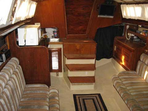 Islander 36 Yacht For Sale
