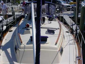 1992 Island Packet 35 sailboat