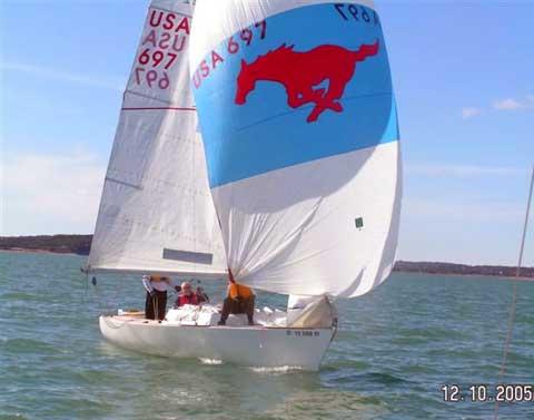 J/22 sailing boat