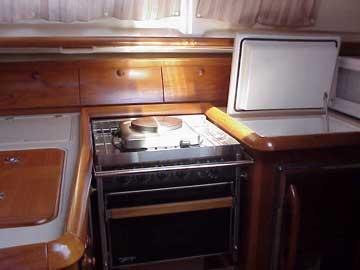 2001 Jeanneau 40 sailboat