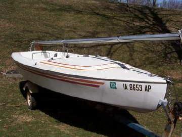 Johnson 19 sailboat
