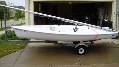 Hunter JY 15 sailboat