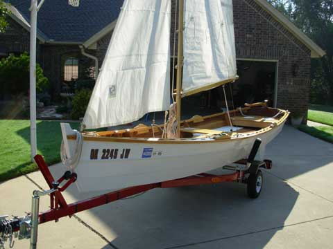 Laughing Gull 16 sailboat
